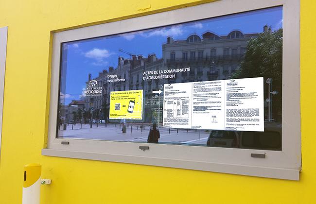 Panneaux affichage légal tactiles - gestion affichage légal et consultation des actes sur écrans tactiles Solution extérieur qui peut être tactile vous permet de créer un lien avec l'ensemble de vos administrés. Un affichage dynamique légal moderne pour toutes vos annonces